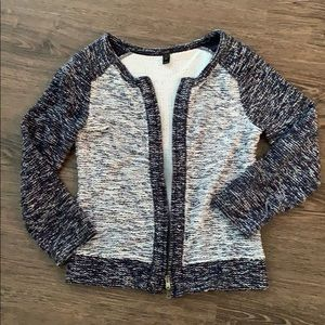 Boucle zip up!